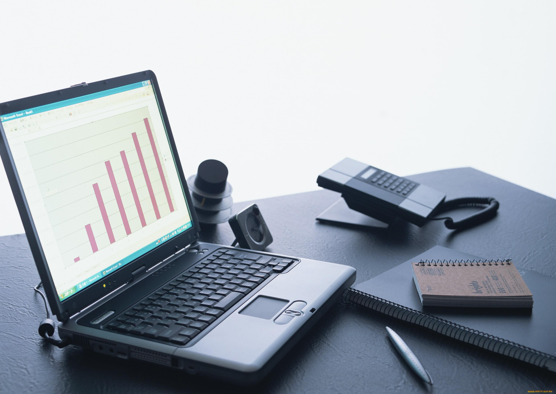 рабочий стол, ноутбук, фотоаппарат, кофе, телефон, тетрадь